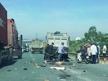Hà Nam: Va chạm với xe tải ngã xuống đường, 2 người bị ô tô cán tử vong thi thể không còn nguyên vẹn