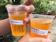 Trường người ta trong truyền thuyết: Thầy cô tự tay pha vitamin, đính kèm sticker công thức đáng yêu cho học sinh uống mùa thi