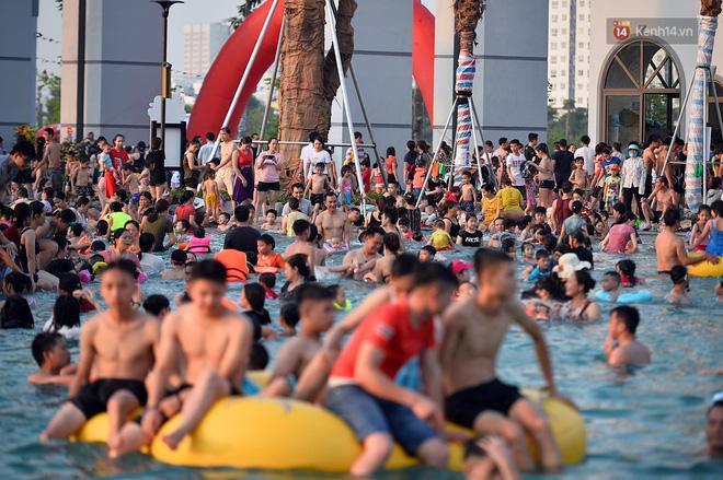 Trước khi xảy ra vụ bé trai đuối nước, công viên nước Thanh Hà bị phạt 20 triệu đồng vì vi phạm lỗi nhân viên cứu hộ, cơ sở y tế-3