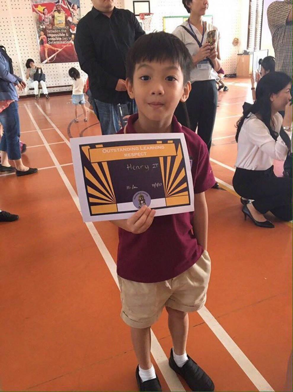 Cuộc sống sung sướng của các nhóc tỳ sao Việt: Đứa học trường Quốc tế học phí hàng trăm triệu, đứa từ bé đã thạo 6 thứ tiếng-6