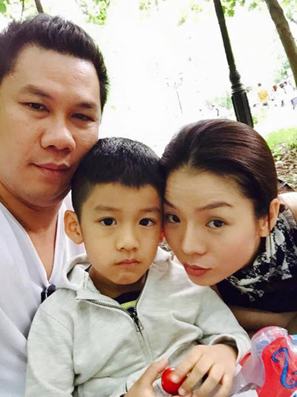 Cuộc sống sung sướng của các nhóc tỳ sao Việt: Đứa học trường Quốc tế học phí hàng trăm triệu, đứa từ bé đã thạo 6 thứ tiếng-10