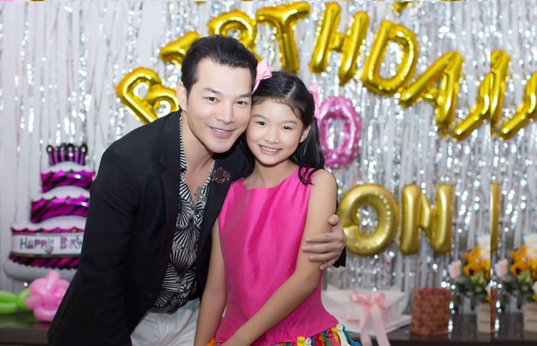 Cuộc sống sung sướng của các nhóc tỳ sao Việt: Đứa học trường Quốc tế học phí hàng trăm triệu, đứa từ bé đã thạo 6 thứ tiếng-13