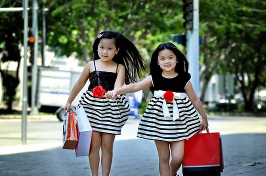 Cuộc sống sung sướng của các nhóc tỳ sao Việt: Đứa học trường Quốc tế học phí hàng trăm triệu, đứa từ bé đã thạo 6 thứ tiếng-15
