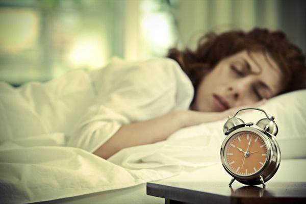 Dậy sớm kiểu này còn nguy hại hơn so với thức khuya: Bạn cần biết để trở nên an toàn hơn-2