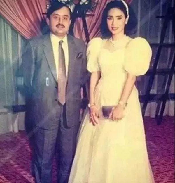 Cưới về mới biết chồng là tỷ phú giàu nhất Dubai, Lọ Lem U60 bây giờ sống ra sao?-1