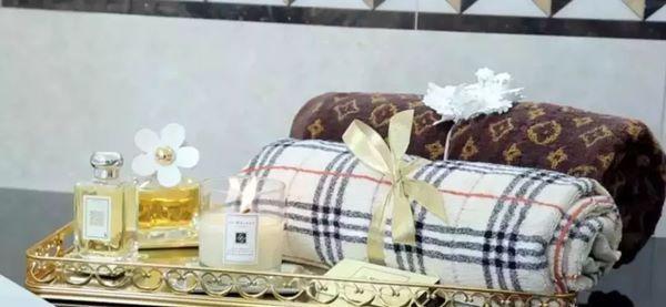 Cưới về mới biết chồng là tỷ phú giàu nhất Dubai, Lọ Lem U60 bây giờ sống ra sao?-11