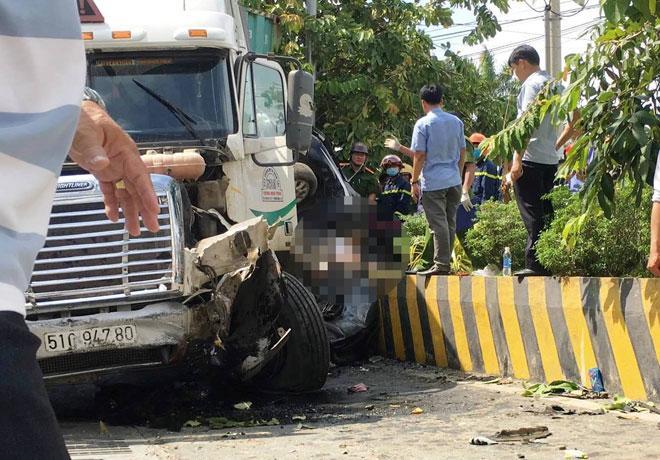 Vụ tai nạn thảm khốc ở Tây Ninh 5 người tử vong: 4 nạn nhân trong cùng gia đình-2