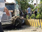 Hé lộ nguyên nhân vụ container đâm ô tô bẹp dúm khiến 5 người tử vong khi đang trên đường đi khám bệnh-2