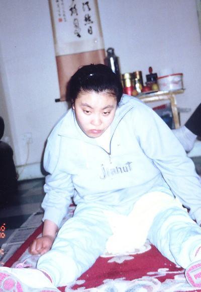 Vụ đầu độc bí ẩn chấn động Trung Quốc: Cô sinh viên ưu tú bỗng chốc trở thành đứa trẻ bại liệt, sau 25 năm vẫn không bắt được kẻ hạ độc-5