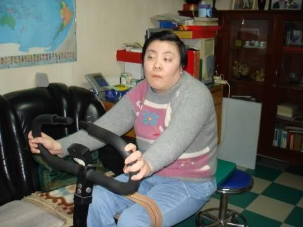 Vụ đầu độc bí ẩn chấn động Trung Quốc: Cô sinh viên ưu tú bỗng chốc trở thành đứa trẻ bại liệt, sau 25 năm vẫn không bắt được kẻ hạ độc-9