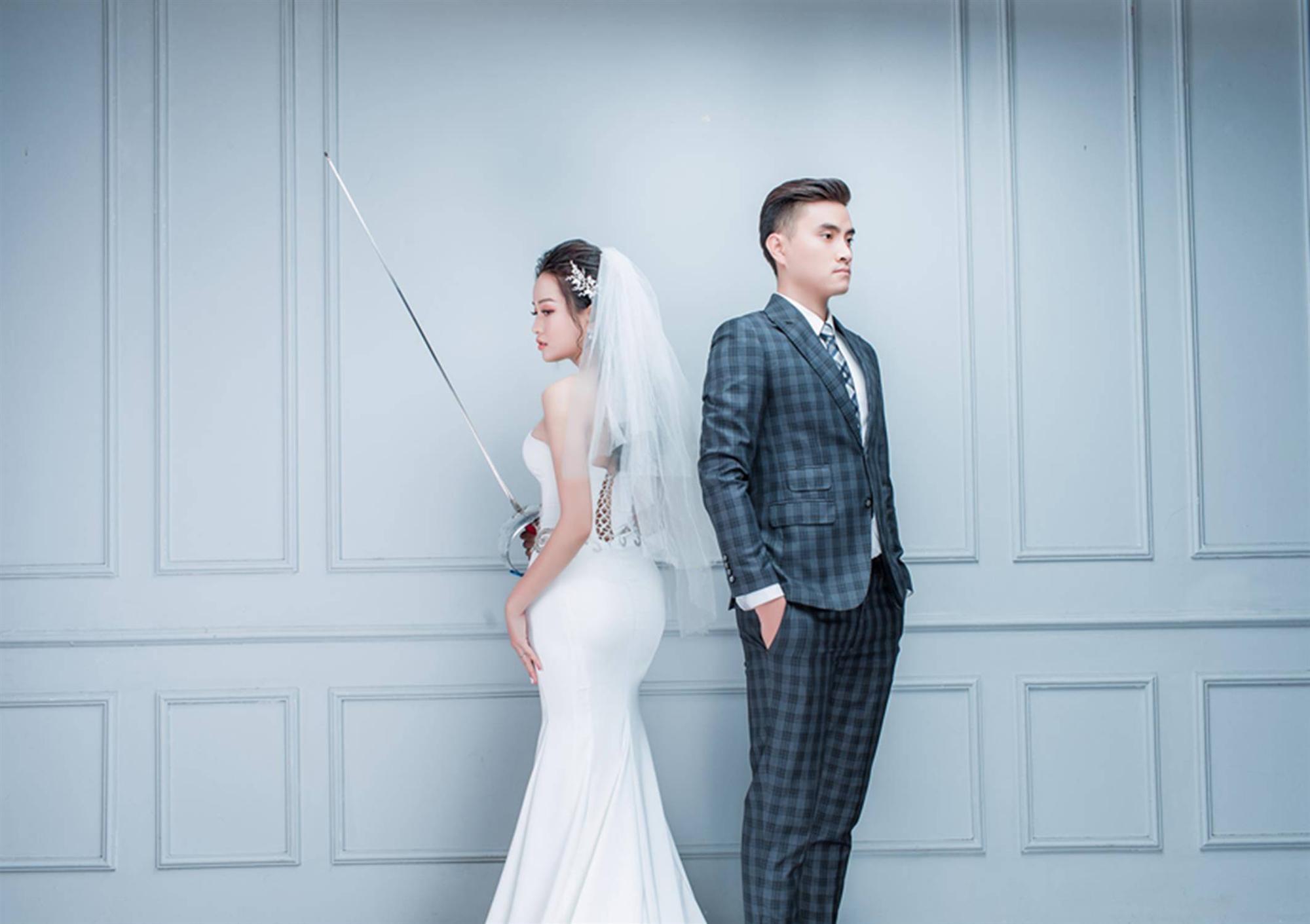 Ảnh cưới của vua kiếm chém và người vợ xinh đẹp-9