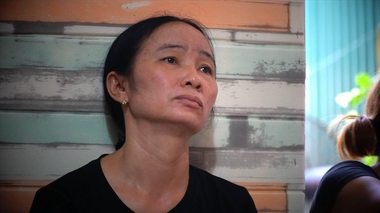 Mẹ phi công trong vụ rơi máy bay quân sự: Con mới được bay cách đây 1 tháng-2