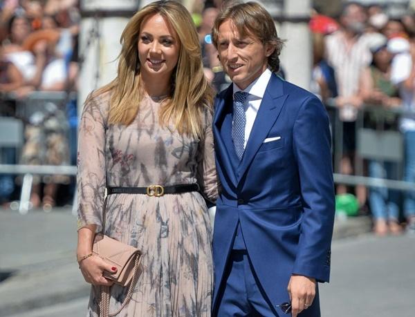 Vợ chồng Beckham, Roberto Carlos dự đám cưới của Ramos-5