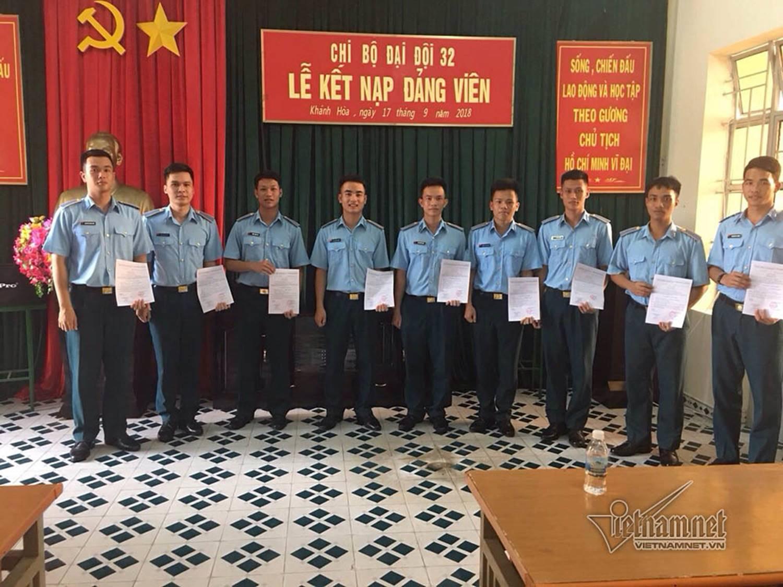 Món quà nhỏ phi công 21 tuổi tặng mẹ trước lúc hy sinh ở Khánh Hòa-3