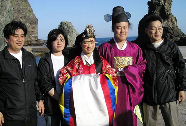 Cô dâu nước ngoài vỡ mộng khi lấy chồng Hàn Quốc và những góc khuất tê tái chỉ người trong cuộc mới hiểu-2