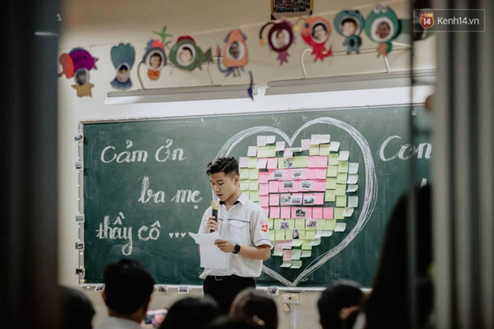 Đêm tri ân đầy nước mắt của trường Gia Định: Khóc vì chúng ta đã có một thời học sinh đầy tươi đẹp-11