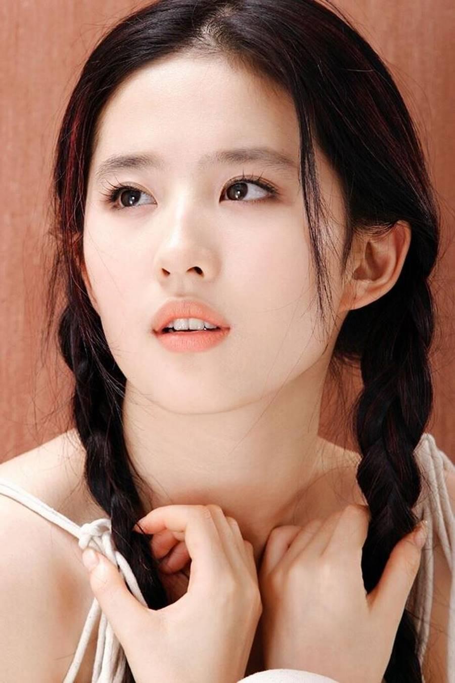 Loạt ảnh thời thiếu nữ của Lưu Diệc Phi xứng danh thần tiên tỷ tỷ-6