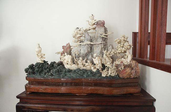 Tuyệt phẩm điêu khắc bát tiên quá hải độc nhất vô nhị ở Việt Nam-3