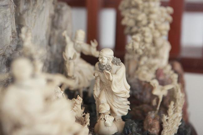 Tuyệt phẩm điêu khắc bát tiên quá hải độc nhất vô nhị ở Việt Nam-14