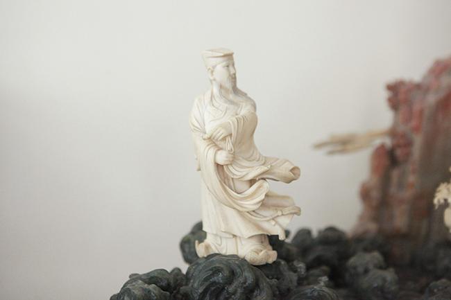 Tuyệt phẩm điêu khắc bát tiên quá hải độc nhất vô nhị ở Việt Nam-9