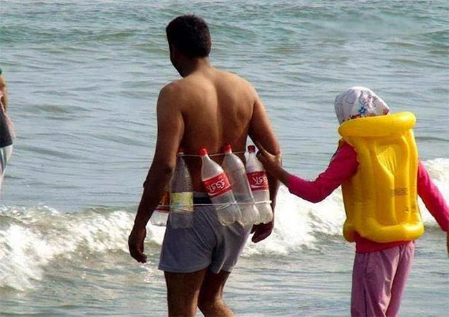 Muốn biết chồng yêu vợ thế nào, hãy rủ anh ấy tới bãi biển-7