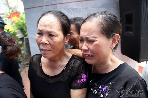 Xã ven đô Hà Nội nghẹn ngào tiễn đưa Thiếu tá phi công về đất mẹ-9