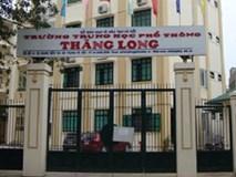 Phụ huynh 'sốc' khi điểm chuẩn trường THPT top đầu Hà Nội giảm mạnh