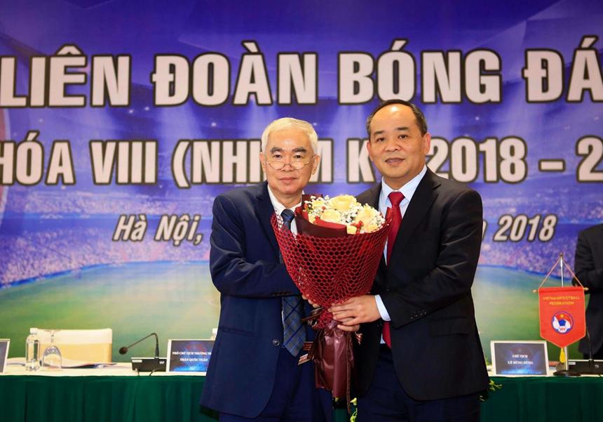Vì sao VFF chưa thể gia hạn hợp đồng với HLV Park Hang Seo?-4