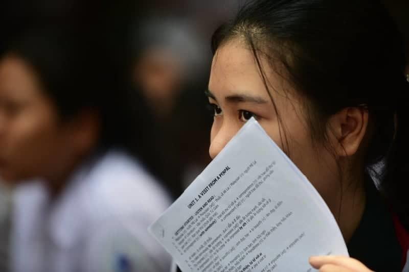 Hơn 8 điểm/môn mới trúng tuyển vào lớp 10 không chuyên ở TP.HCM-1