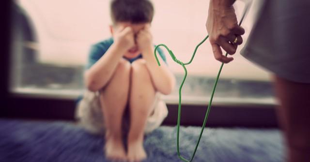 Chuyên gia tâm lý cho biết: Có 4 cách dạy dỗ trẻ bố mẹ cần nhớ thay vì đánh mắng khiến con kém cỏi-1