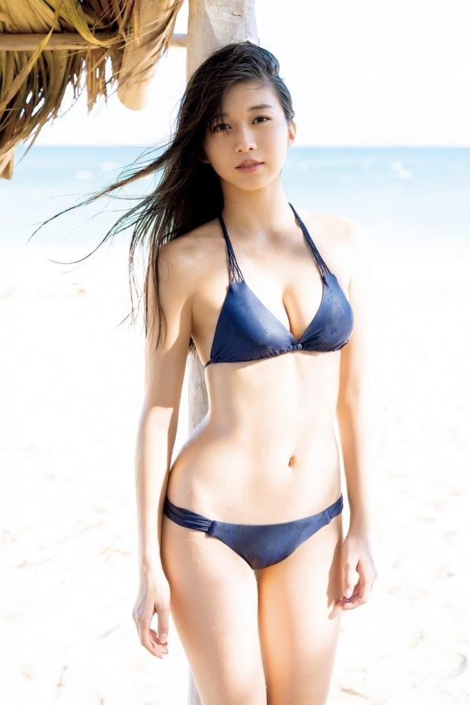 Mỹ nhân Nhật chuộng mặc bikini nhỏ xíu chụp sách ảnh-9