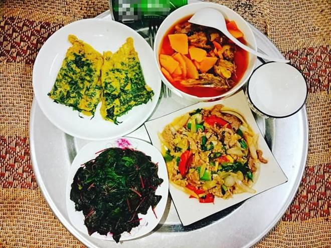 9x Nam Định đã vào bếp là ham nấu nhiều món, khiến chồng phải xót, cứ nói thế này...-6