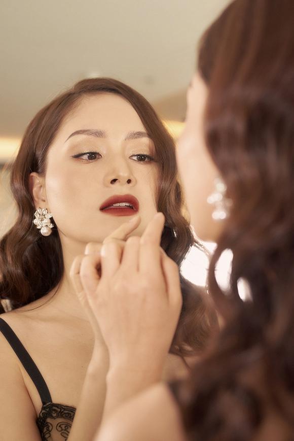 Không kém chị nhường em, Lan Phương chính thức nhập hội mĩ nữ yêu kiều trong phòng tắm-7