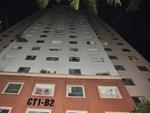 Bé gái 6 tuổi rơi từ tầng 14 chung cư xuống mái tôn lúc mẹ vắng nhà đã tử vong-6