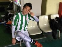 Con trai thầy Park bật mí chuyện suýt trở thành cầu thủ, đố vui fan tìm ảnh thời còn