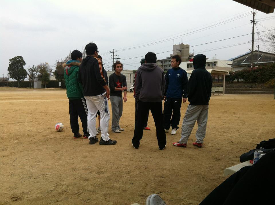 Con trai thầy Park bật mí chuyện suýt trở thành cầu thủ, đố vui fan tìm ảnh thời còn xách giày ra sân của mình-5