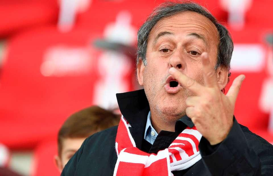 Cựu Chủ tịch UEFA Michel Platini bất ngờ được trả tự do-1