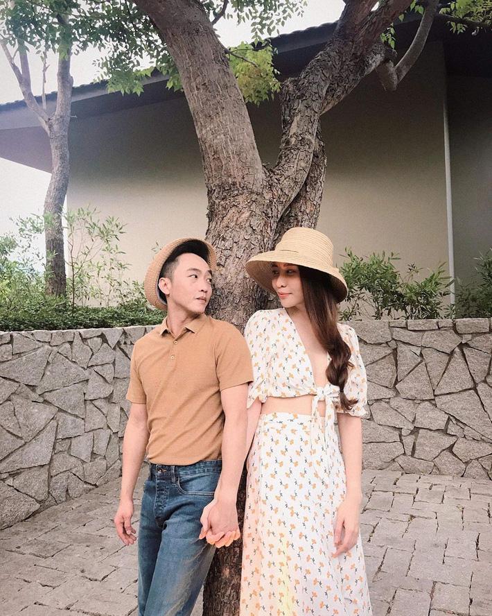 """Đàm Thu Trang nắm giữ"""" trái tim Cường Đô La một phần cũng nhờ gu thời trang tinh tế nhường này-1"""