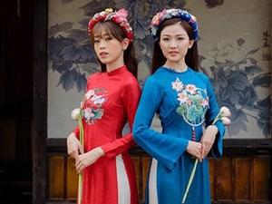 Á hậu Phương Nga thân thiết với 'người tình màn ảnh' của bạn trai Bình An