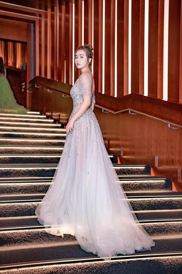 Hậu ly hôn: Huyền Lizzie với nhan sắc đỉnh cao, style sang chảnh có thừa, đúng là phụ nữ đẹp nhất khi không thuộc về ai-9