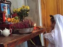 Bé gái 4 tuổi trong 6 tháng phải đội 3 vành khăn tang
