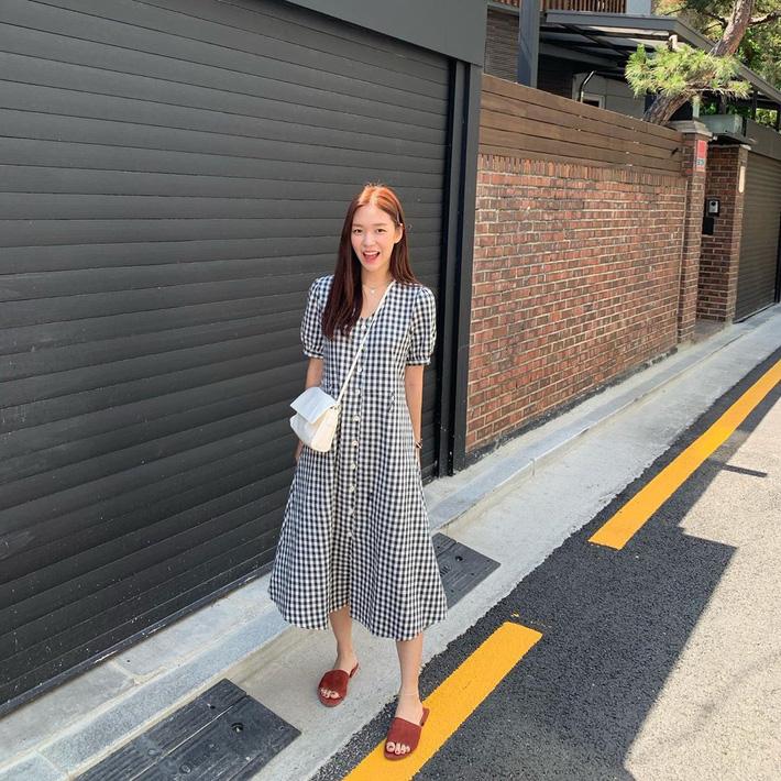 Ngắm street style Châu Á mới thấy, hóa ra mặc mát mẻ mà vẫn chất lại dễ dàng quá thế này-4