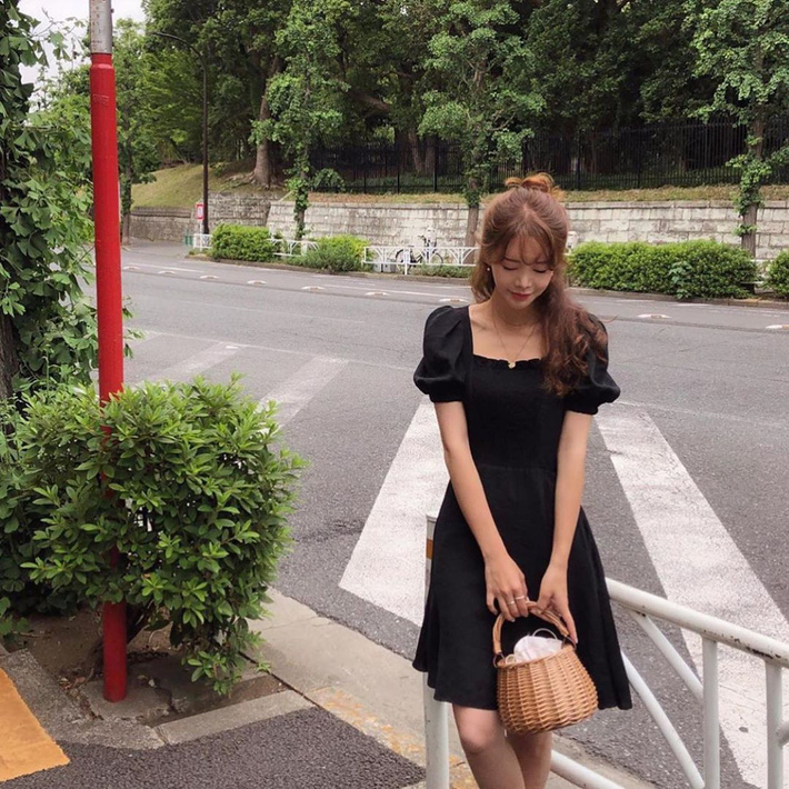 Ngắm street style Châu Á mới thấy, hóa ra mặc mát mẻ mà vẫn chất lại dễ dàng quá thế này-15