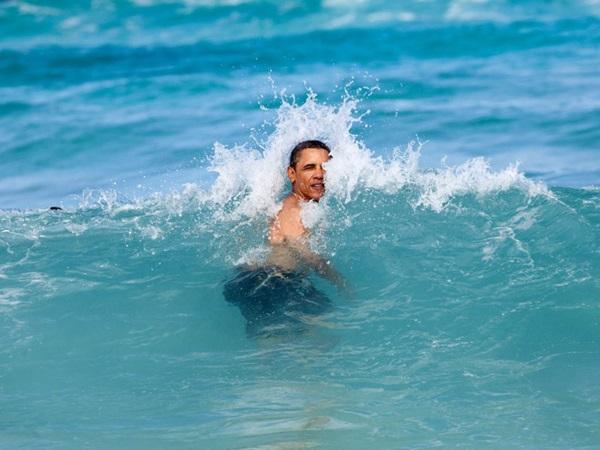 Hé lộ thu nhập khủng từ công việc ít ai biết tới của gia đình cựu Tổng thống Obama sau khi nghỉ hưu và cách tiêu tiền gây bất ngờ của họ-11