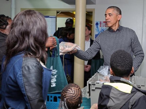 Hé lộ thu nhập khủng từ công việc ít ai biết tới của gia đình cựu Tổng thống Obama sau khi nghỉ hưu và cách tiêu tiền gây bất ngờ của họ-19