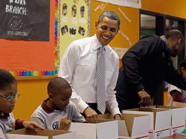 Hé lộ thu nhập khủng từ công việc ít ai biết tới của gia đình cựu Tổng thống Obama sau khi nghỉ hưu và cách tiêu tiền gây bất ngờ của họ-22