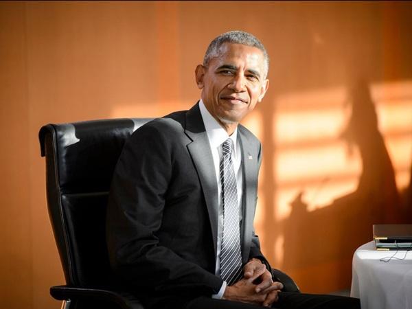 Hé lộ thu nhập khủng từ công việc ít ai biết tới của gia đình cựu Tổng thống Obama sau khi nghỉ hưu và cách tiêu tiền gây bất ngờ của họ-23