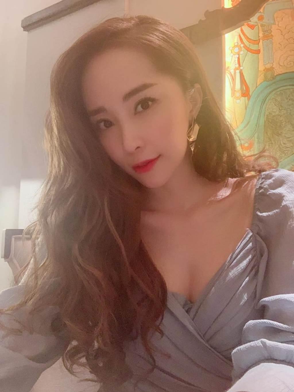 Cá sấu chúa Quỳnh Nga nóng bỏng đốn tim hậu ly hôn, chồng cũ có tiếc?-6