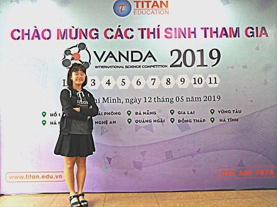 Mẹ mắc ung thư, nữ sinh Sài Gòn đậu 3 lớp chuyên thi vào 10-4