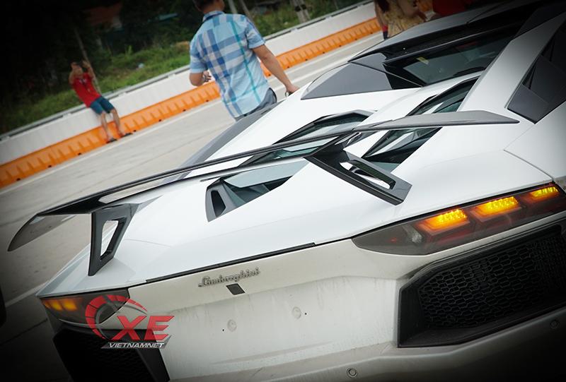 Đẳng cấp chơi siêu xe Lamborghini đáng nể của đại gia Tùng vàng-6